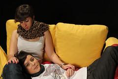 . (CheshireLeChat) Tags: de libertad mujer surrealism liberté anorexia violencia delacroix homosexualidad genero votando