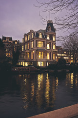 AMS | Reflejos de Van Gogh (wolf in paris ) Tags: light detalle holland detail reflection luz water amsterdam ro river luces agua reflejo holanda