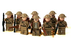 British Army (*Nobodycares*) Tags: lego wwii trenchcoat worldwarii ww2 soldiers guns british troops worldwar2 uas allied brodies sheaths brickarms mmcb