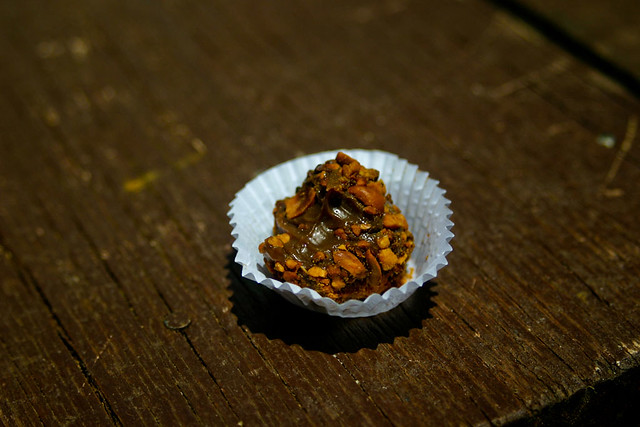 Brigadeiro de Amendoim by Yuri Hayashi, on Flickr