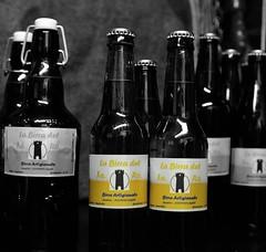 La birra artigianale (Fabio Bernocchi) Tags: faro australia cooper birra bottiglie tappi artigianale fabiobernocchi