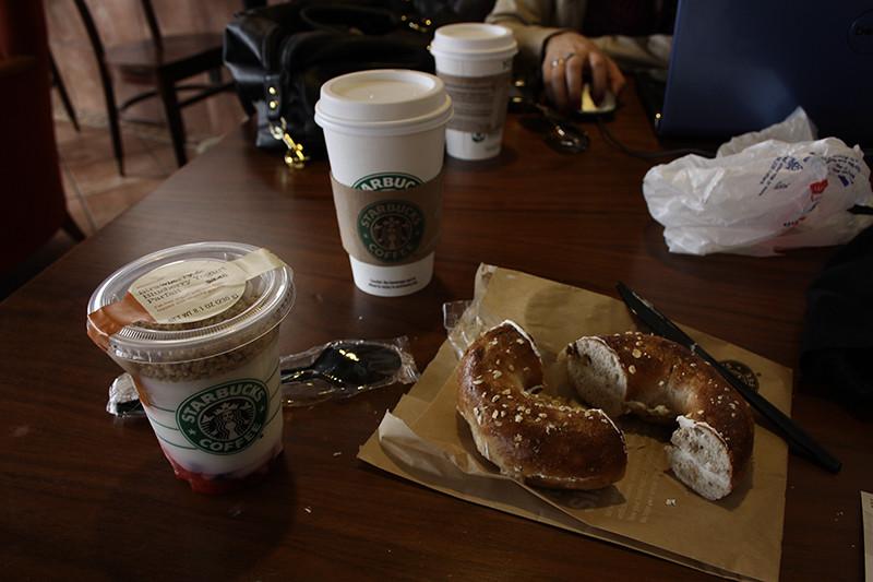 Frukost på Starbucks