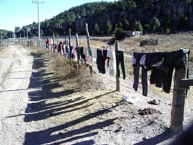 ザ・スーパースーツストアの「洗える」HOME WASHパンツ