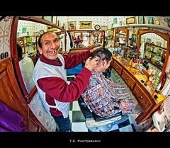 Traditional hair dresser (iPh4n70M) Tags: africa shop hair photography photo nikon photographer photographie north du fisheye morocco photograph maroc tc salon dresser 16mm coiffeur essaouira nord afrique photographe cheveu nohdr d700 tcphotography ph4n70m iph4n70m tcphotographie