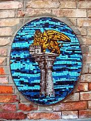 Venezia – Il leone di San Marco (giovanni_novara) Tags: italy italia mosaic lion mosaico león venecia venezia leone sanmarco ohhh wingedlion leonealato leònalado