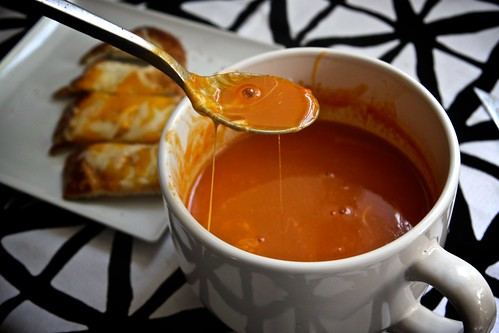 tomato soup with cheeeeeeeeeeeze