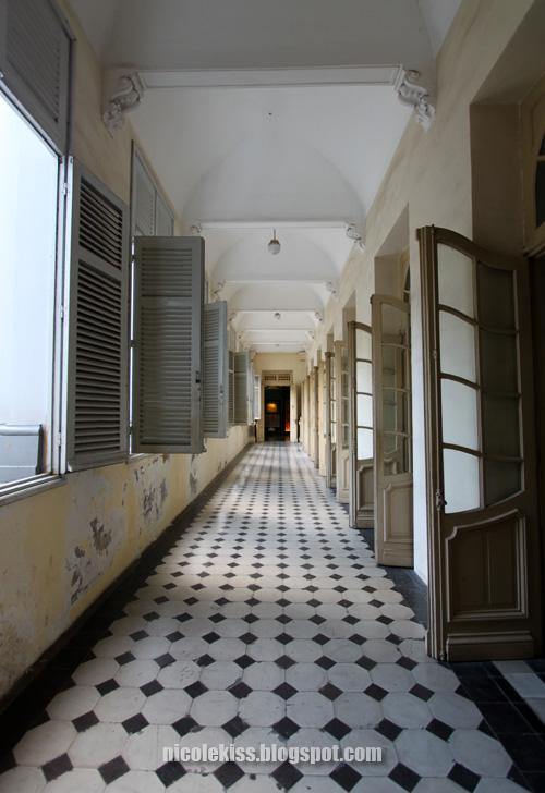 Ho Chi Minh City Museum corridor