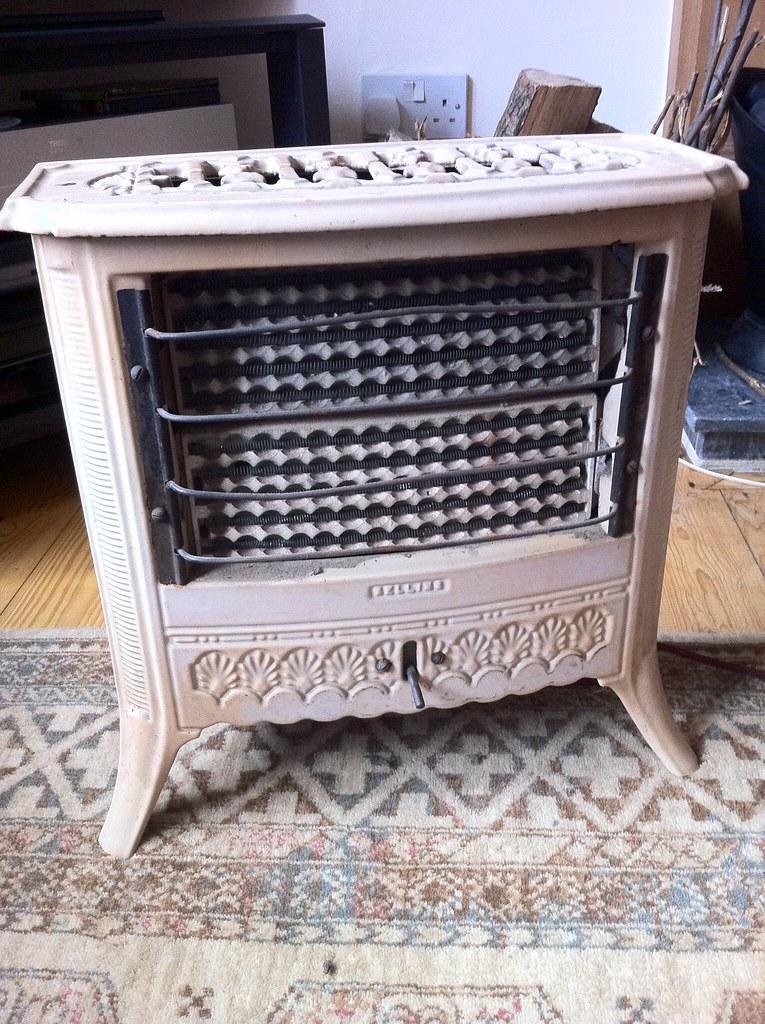 1911 Electric Heater
