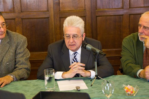 Félix Goñi con el Grupo Vasco del Club de Roma