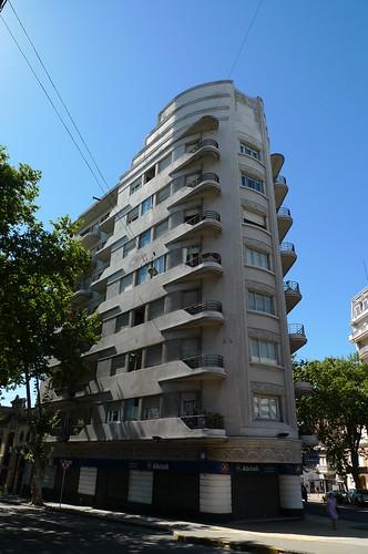 Edificio Lux - Montevideo, Uruguay