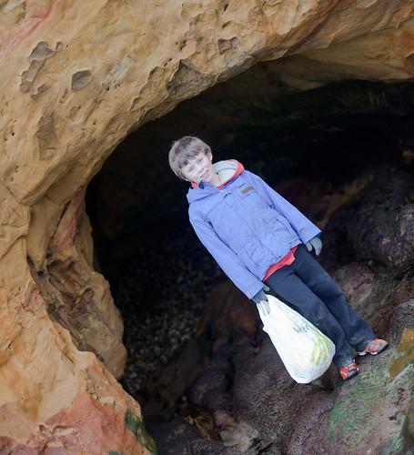 H found a cave