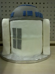 R2D2 Cake - back