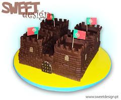 Bolo Castelo / Castle cake (sweet_design) Tags: brown castle portugal cake chocolate towers reis medieval kings castelo torres ameias