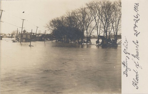 Lehman and Forest Avenue, Dayton, OH - 1913 Flood