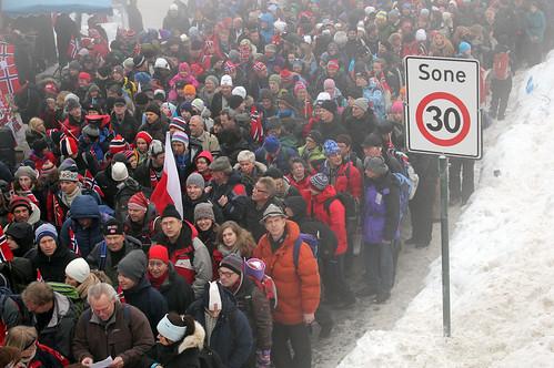 Folk gikk mann av huse for å besøke Holmenkollen under Ski-VM