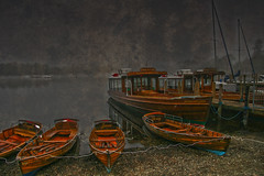 mereboats (Mr_K_Green) Tags: reflection texture water fog clouds canon reflections boats eos boat high dynamic pebbles adobe cannon tamron range hdr windermere toning cs5 400d eos400d eso400d eos4ood canonc tamronaf18250mmf3563diiildasphericalifmacro