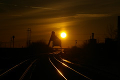 Let It Shine (JayLev) Tags: railroad reflection up train sunrise glow rail reflect rails unionpacific dekalb glint coalchute coaltower