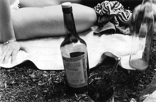 El absinthe hace añorar al corazón by G. Miguel Vélez