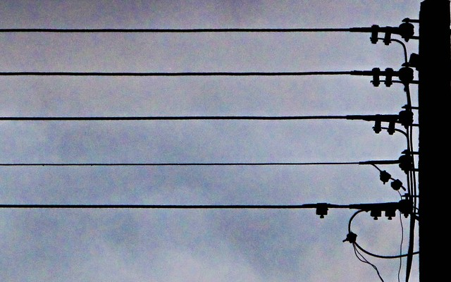 IMG_1165 Wires- cloudy day