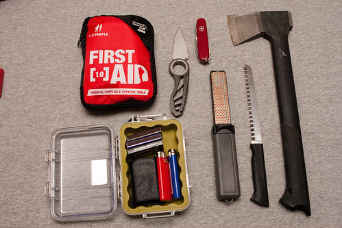 Emergency Kit - Knives Utility