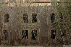 fort (iJuliAn) Tags: architecture 50mm fort ruine abandon lorraine militaire metz saintjulien ijulian