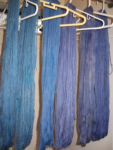 Dyed wool for a4a