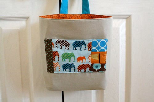 Kidlet: wall pocket - tidy tote
