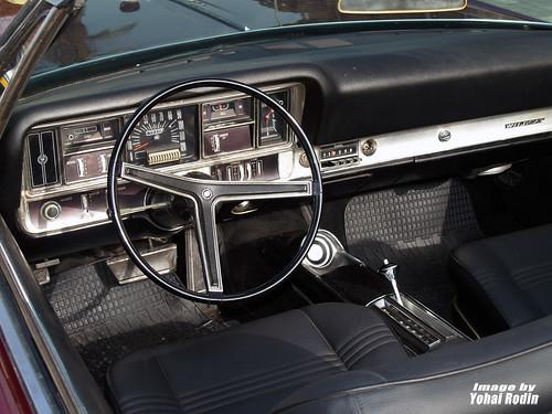 Dc B on 1977 Buick Lesabre