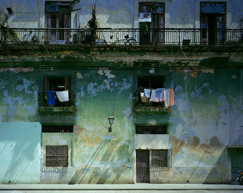 Michael Eastman, Shadows Facade, Havana