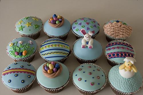 5584074951 3f4f2af267 Easter Cupcakes for Spring