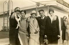 Cloche-Clad Flappers on Board the Steamship John Cadwalader, 1920s (Alan Mays) Tags: old 1920s men smiling portraits vintage boats clothing women photos antique ships hats smoking ephemera clothes photographs chic cigarettes flappers stylish foundphotos steamships cloches cadwalader clochehats johncadwalader vptp