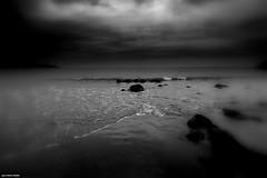 Vers la Noyade ?? ..... (crozgat29) Tags: jmfaure crozgat29 canon sigma sea seascape plage paysage mer nature