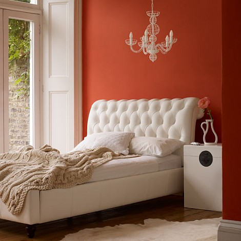 orange-wall-bedroom-decorations