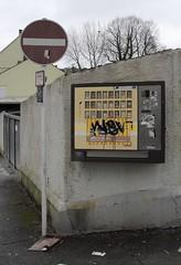district 03 (- Carsten -) Tags: city germany deutschland graffiti district cigarette machine stadt nrw quarter desaturated wuppertal alemanha vohwinkel zigarettenautomat bezirk stadtviertel stadtbezirk einbahnstrase desaturiert
