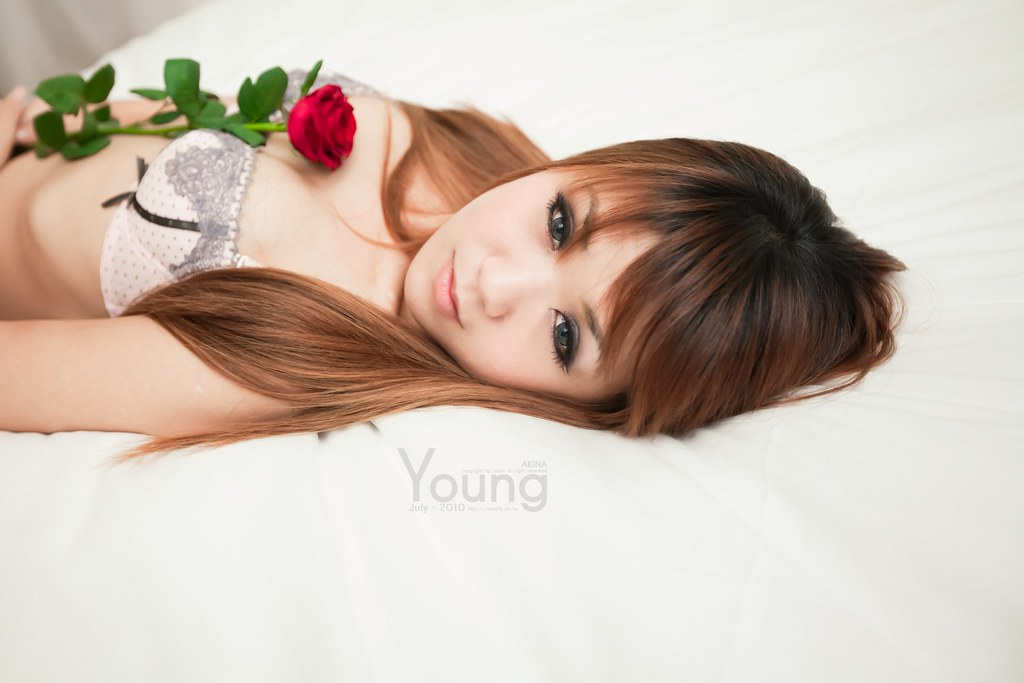 [AKINA]Young