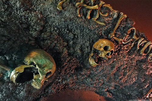 The Hole : Haunted Happening at The London Tombs