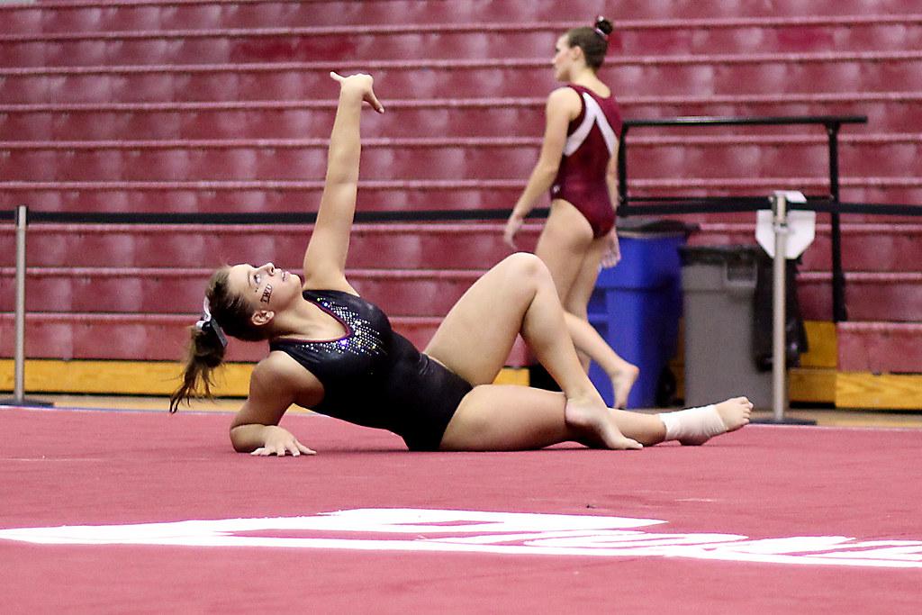TWU Gymnastics - Floor - Amy Winczura