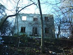 IMGP9139 (gzammarchi) Tags: casa italia natura finestra albero paesaggio collina rudere camminata itinerario croara casalfiumanesebo