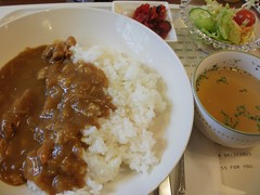 curry lunch (john mariscos) Tags: food lunch soup salad curry alimento meal pickles consome