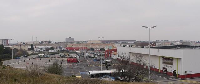 Parkingsupermarché2