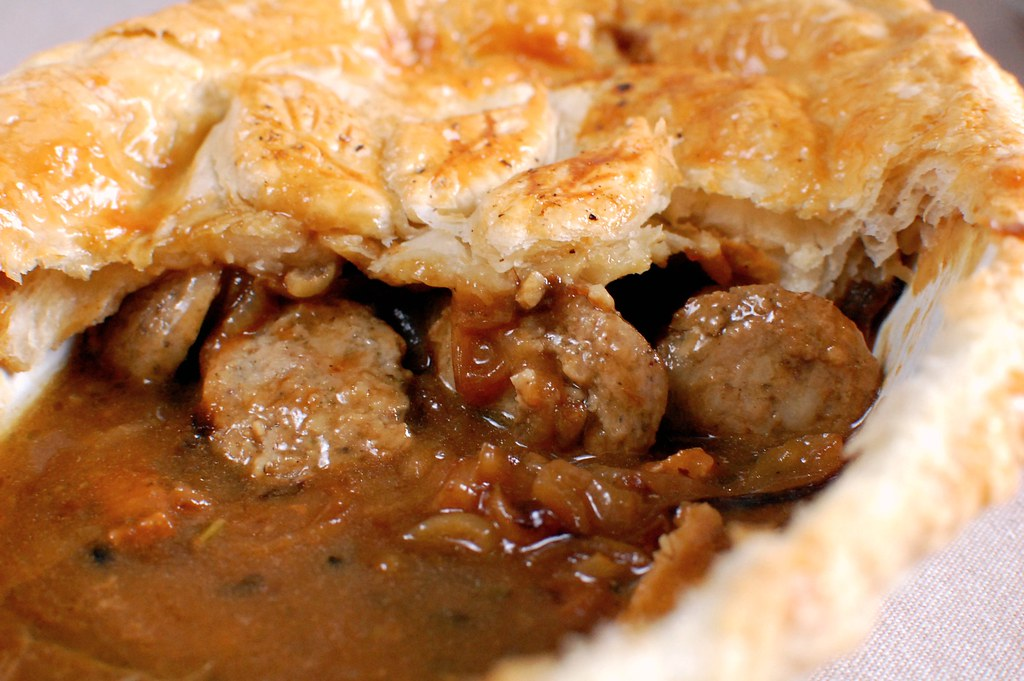 Sage & Onion Sausage Pie 4