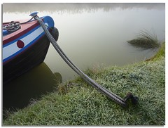 Moored (lovestruck.) Tags: uk trees winter england mist cold ice nature grass weather fog geotagged countryside boat canal frost bank rope vox wiltshire towpath 2010 kennetavon moored prow seend challengeyouwinner voxstellarum seendcleeve geo:lat=5135204889336373 geo:lon=2109295166656466 narroeboat