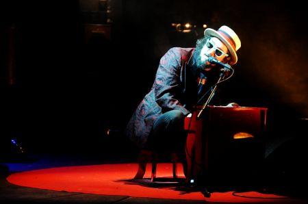 Vinicio Capossela in concerto - Ascoli Piceno - 13 Maggio 2011
