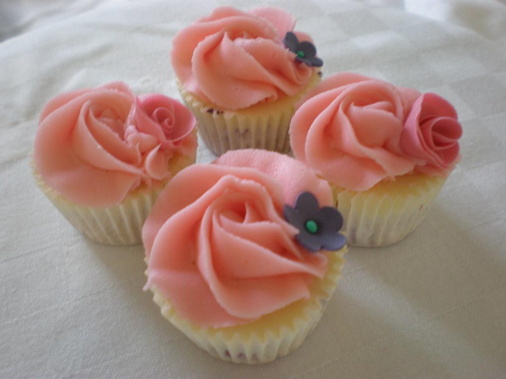 Birthday cakes assorted garden of beautiful flower cupcakes by uks assorted garden of beautiful flower cupcakes by uks april bakery izmirmasajfo