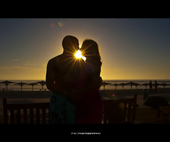 Sun Kiss (iPh4n70M) Tags: africa light sunset sky sun beach photography soleil photo nikon kiss couple photographer photographie lumière north coucher agadir morocco photograph maroc tc nikkor baiser photographe 2470mm nohdr d700 tcphotography ph4n70m iph4n70m tcphotographie