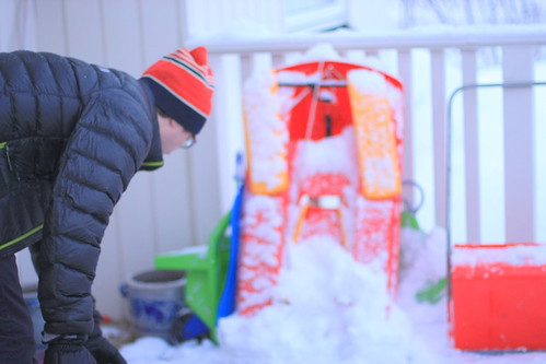 Snow shuffling