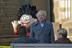 resigned (Paul..Andrews) Tags: 22 scotland faces dundee beano characters dennisthemenace journalist spnp strictlycomedancing dundeepeople johnsergeant streetphotographynowproject instruction22 canoneos350ddundee