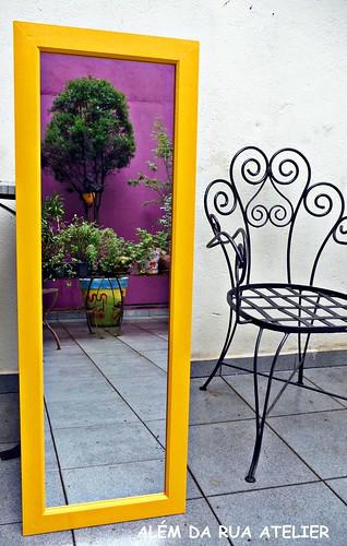 Espelho com Moldura Pintada à Mão