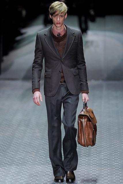 Benoni Loos3240_FW11_Milan_Gucci(VOGUEcom)