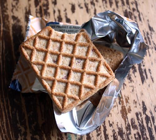 Blueberry waffle grahams